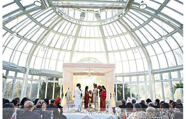 Ruchira and raghav i brooklyn botanic garden new york city wedding brooklyn botanic garden indian wedding junglespirit Gallery